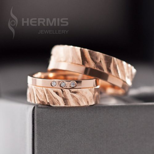 [:lt]Raudono aukso vestuviniai žiedai su briliantais[:en]Rose gold wedding rings with diamonds[:]