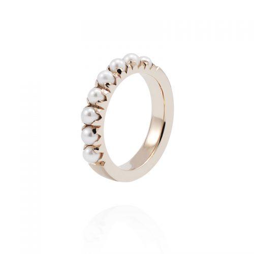 Auksinis žiedas su smulkiais perlais
